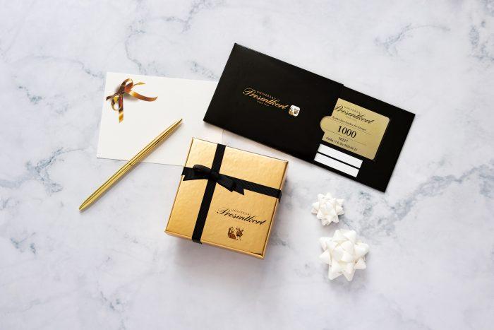 Gavekort og gaveeske fra Universal Presentkort